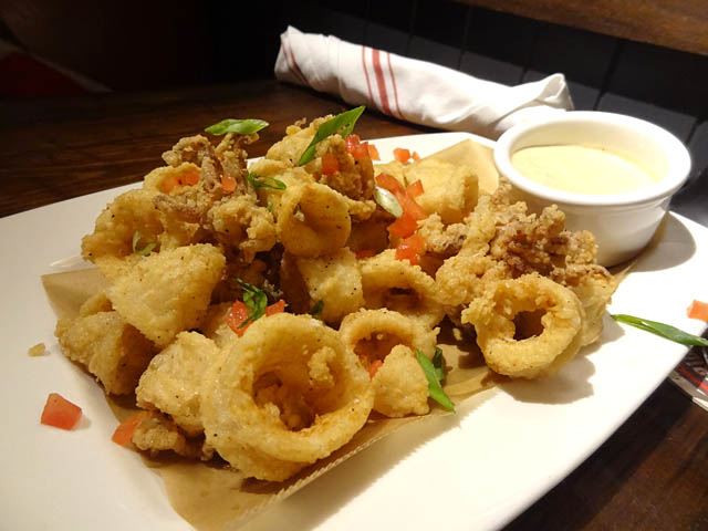 "Lunch Links (The ""Guy'd Calamari"" Edition) 
